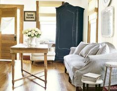 Colors by Sherwin Williams Extra White SW 7006  White Flour SW 7102  Naval SW 6244