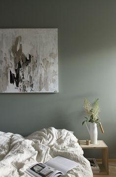 Bedroom /Tikkurila / green paint / wall / linen / Hanna Perälä Ikea