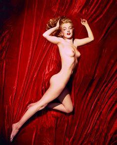 Marilyn Monroe by Tom Kelley, 1949.