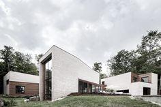 Vivienda en Les Elfes / Alain Carle Architecte