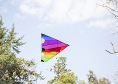 The sunset kite in action - Fredericks & Mae X Areaware