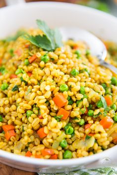 Change things up a bit and put this Barley Pilaf on your table today - I'm sure you'll agree that it's a delicious twist on a great classic! Side Recipes, Whole Food Recipes, Cooking Recipes, Barley Pilaf Recipe, Barley Recipes, Nutrition Education, Barley Nutrition, How To Cook Barley, Veggies
