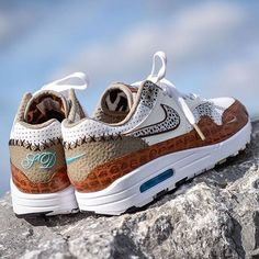 First Look At Upcoming atmos x Nike Air Max Releases Best Sneakers, Custom Sneakers, Sneakers Fashion, Shoes Sneakers, Nike Shoes, Nike Air Max, Zapatillas Nike Air, Crossfit Shoes, Zapatos Shoes