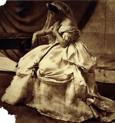 These are some of the earliest portrait photos of Victorian women taken by Lady Clementina Hawarden (1 June 1822 – 19 January 1865),