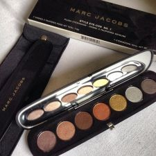 Marc Jacobs Plush Eye Shadow | Spotted on @marieclairemag