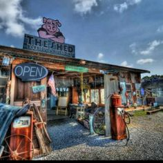 The Shed - Gulfport, MS.... One of the top spots for BBQ!