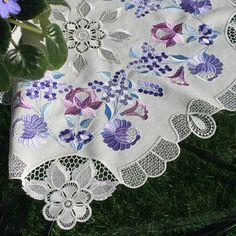 Tablecloth Vaselisa - Embroidered Necessity | OregonPatchWorks