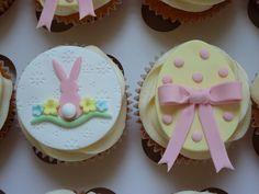 P1010308 | Rabbit & egg detail from Easter box - vanilla wit… | Flickr