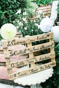 Die Hochzeit von Chloé & Nicolas in Provence-Alpes-Côte d'Azur - Site Today Wedding Day Invitations, Wedding Signs, Wedding Blog, Diy Wedding, Wedding Ceremony, Wedding Planner, Reception, Wedding Ideas, Perfect Wedding