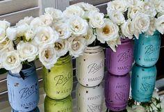 pots de confiture décoratifs -peinture-acrylique-bouquets-roses-blanches