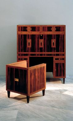 Writing Cabinet for the Waerndorfer family, Wiener Werkstätte 1903/04, design: Koloman Moser, Inv. No. H 2305/1976. Copyright Gerald Zugmann/MAK. Chair fits into the cabinet to become a single article of furniture.