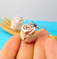 Cinnamon roll earrings by The Mouse Market