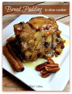 Cinnamon, pecans and a rich rum sauce. Bread Pudding in the slow cooker? Oh my!