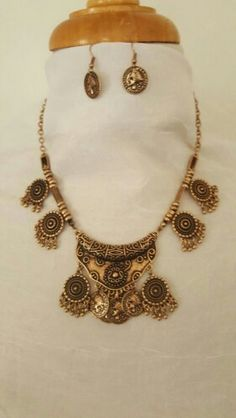 Coin Theme Necklace and Earrings Set.