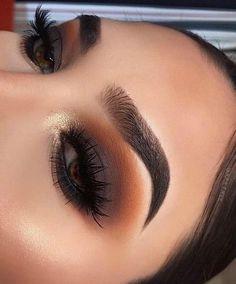 Fabulous eye makeup ideas make your eyes pop Half cut creases - eyemakeup makeup eyes beauty mua eyeshadow 362539838754042854 Eye Makeup Steps, Makeup Eye Looks, Eye Makeup Art, Skin Makeup, Makeup Eyeshadow, Cut Crease Eyeshadow, Eyeshadow Makeup Tutorial, Eyeshadow Palette, Smokey Eyeshadow Looks