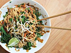 Thai Peanut Noodles - Raw Till Whenever 7 Day Challenge