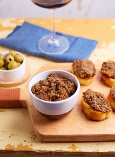Tapenade, Xmas Party, Food Inspiration, Cereal, Sandwiches, Salad, Vegan, Breakfast, Breakfast Cafe