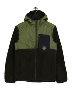 BARBOUR BEACON ELDON FLEECE GREEN. #barbour #cloth Barbour Clothing, Nike Jacket, Rain Jacket, Barbour Mens, The North Face, Windbreaker, Mens Fashion, Green, How To Wear