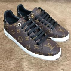 Louis Vuitton Monogram Frontrow Sneaker for Woman genuine leather 36 37 38 39 40 numbers available Louis Vuitton Sneakers Women, Louis Vuitton Rain Boots, Lv Handbags, Louis Vuitton Handbags, Louis Vuitton Monogram, Vuitton Bag, Lv Shoes, Zapatillas Casual, Toms Shoes Outlet