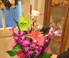 結婚記念日に アンスリウムとデンファレの花束