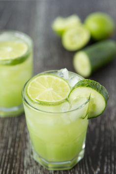 Refreshing cucumber lime margaritas. 3 ingredients, and only 135 calories!
