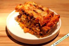 Raffiniertes Low Carb Rezept für eine Lasagne mit wenig Kohlenhydraten. Statt den Teigblättern nimmt man einfach dünne Kürbisscheiben. Guten Appetit ... Die passenden Bio Gewürze findest du in unserem Online-Shop auf www.foodonauten.de
