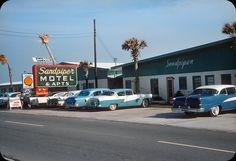 Sandpiper Motel & Apts – 1958 | by ElectroSpark