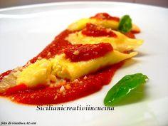 Ravioli di ricotta con pomodoro e basilico