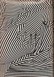 ❃ Black and White ❃ Op art hands- wow! Illusion Kunst, Grafik Design, Art Plastique, Teaching Art, Optical Illusions, Optical Illusion Art, Textures Patterns, Art Lessons, Line Art