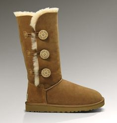 UGG Bailey Button Triplet 1873 Boots Chestnut
