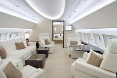 With the worlds widest and tallest jet cabin, the Airbus is fit for a billionaire. While we were thoroughly impressed with the Airbus VIP 'Flying Palace' Interior, but the Airbus gives a new dimension to luxury. Luxury Jets, Luxury Private Jets, Private Plane, Home Decor Catalogs, Home Decor Items, Arquitectura Wallpaper, Jet Privé, Private Jet Interior, Aircraft Interiors