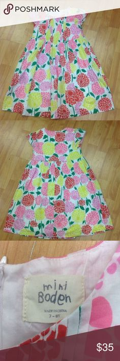 Mini Boden floral pink red yellow green white 7-8 Mini Boden dress size 7-8 white with multi colored floral design. #whiteprint #floral #itsadress #pink #red #yellow #green #flowers.  Zips in back. Mini Boden Dresses Casual
