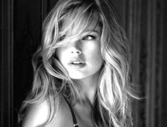 If you don't know Doutzen Kroes by know, please get out of the cave. Carefully selected top 50 most beautiful Doutzen Kroes face shots. Long Bangs, Doutzen Kroes, About Hair, Great Hair, Awesome Hair, Pretty Hairstyles, Short Hairstyle, Pretty Face, Her Hair