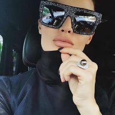 58b6ad0005e High-End Oversized Women Sunglasses