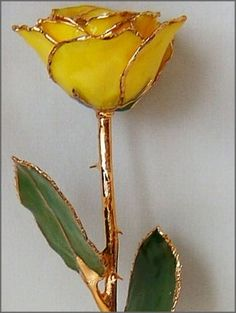 24 Karat Yellow Gold Trimmed Rose from Arttowngifts.com.