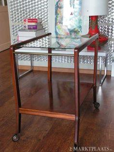 Jaren 50/60 vintage theetafel/Tea table 1950/1960 | Bijzet & theetafels/ side & tea tables | RePOP APELDOORN