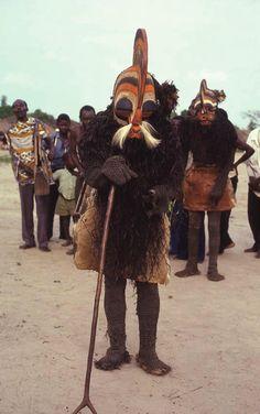 Mask of elder, Ndale; village kikomo, kiloshi  chiefdom, Eastern Songye.  Photo: © DuNja hErSak, 1978
