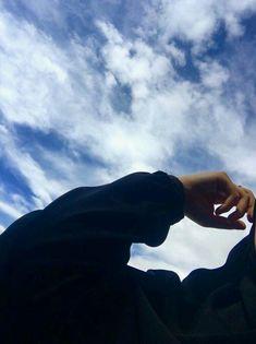 Famous Tutorial and Ideas Shadow Photography, Girl Photography Poses, Tumblr Photography, Sky Aesthetic, Aesthetic Photo, Aesthetic Pictures, Applis Photo, Blur Photo, Portrait Fotografie Inspiration