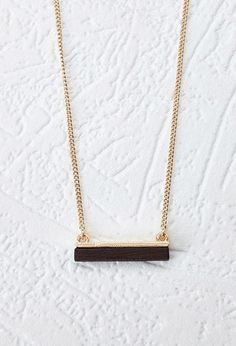 Wooden Bar Pendant Necklace | LOVE21 - 1000130528