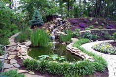 Taludes, desniveles y escaleras en el jardín.-6512.jpg