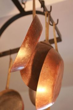 CommissionsEarned It's virtually impossible to say which kind of cookware is higher Copper Utensils, Copper Pans, Copper And Brass, Antique Copper, Copper Canisters, Copper Dishes, Color Cobre, Joy Of Cooking, Copper Kitchen