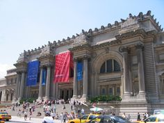"""""""Metropolitan Museum of Art"""" (pic .via Wikimedia Creative Commons) ~ The steps in front of """"the Met"""" are a famous spot for filming & can be seen in """"Gossip Girl"""" & """"Hitch"""" & the """"pepper on my paprikash"""" scene in """"When Harry Met Sally,"""" took place inside the Sackler Wing of the museum. Other movies that have filmed at the Met include """"Maid in Manhattan"""" & """"The Nanny Diaries."""""""