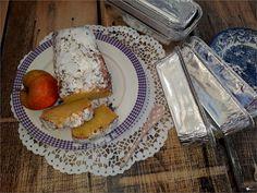 Szybkie ciasto z jabłkami mieszane łyżką | Słodkie okruszki Camembert Cheese, French Toast, Breakfast, Cakes, Food, Breakfast Cafe, Essen, Cake, Pastries