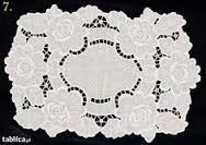 Image result for toalha-de-bandeja-redonda-richelieu.jpg (481×400) - Google Search