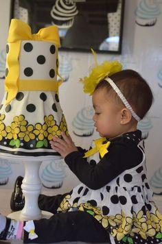 Stinkin cute!! Little girl dress - birthday cake