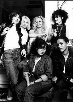 CHRISSIE HYNDE, DEBBIE HARRY, VIV ALBERTINE, SIOUXSIE SIOUX, POLY STYRENE, PAULINE BLACK [1980; London   ©MichaelPutland]