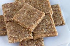 Coconut Date Bar - Homemade Larabar only 3 ingredients paleo friendly