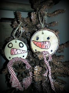 """Wood Slice Ornaments Approx 2 1/2""""- 3"""" Hand Burnt And Painted, Snowmen Wood Slice Ornaments, Bowl Fillers, Set of 2"""