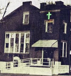 #Neon #Salvation #Quincyil #Baptist #Church. #gemcitynoir #noir #scratched #print #lomograph #arte #fotografia #photo #photog #urbannoir