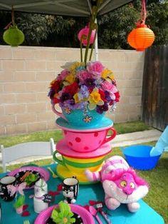 Alice tea party decore
